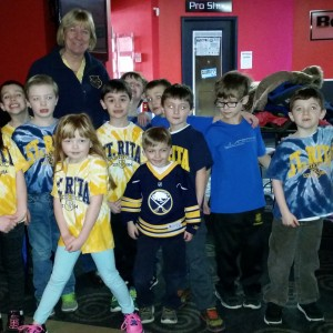 After a great time bowling the 1st graders posed with Ms Wagner